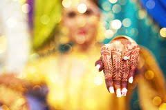 bride u0027s hand henna tattoo indian wedding stock photos images