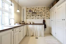 is it a mistake to paint kitchen cabinets painting kitchen cabinets top tips and mistakes to avoid