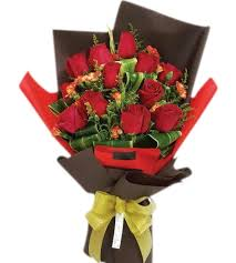 roses bouquet 1 dozen fresh roses bouquet buy to manila philippines