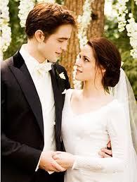 twilight wedding dress carolina herrera s swan wedding dress where to find it