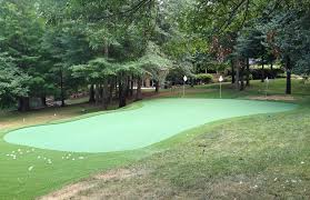 Putting Turf In Backyard How To Build A Putting Green Crafts Home