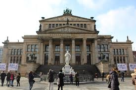 k che berlin a free tour around berlin what are we going to see completely