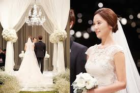 uhm jung hwa invitation 9 photos from hwang jung eum u0027s glamorous wedding