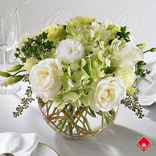Flower Table L Wedding Table Centerpiece From Montreal Florist The Flower Pot