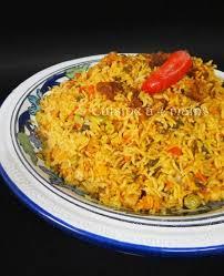 cuisine avec du riz riz djerbien un plat délicieusement complet et polyvalent riz