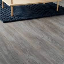 Gray Laminate Flooring Bundaberg Grey Oak Effect Laminate Flooring 2 467 M Pack