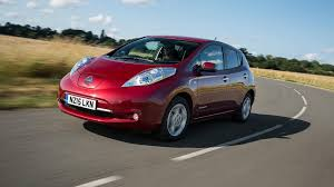 nissan leaf consumer reports review nissan electric car