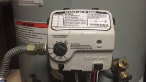 gas water heater pilot light keeps going out water heater pilot light keeps going out honeywell controller