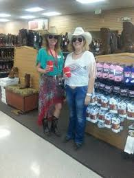 Broadway Barns Thornton Co Is Countrychic Boot Barn Stores Get Festival