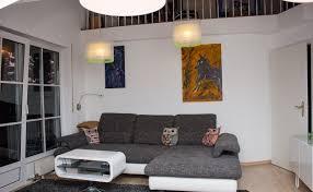 Wohnzimmer Mit Vielen Fenstern Einrichten Wohnzimmer Mit Galerie Woont Love Your Home