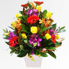 floral arrangements birthday arrangement 5 je flowers