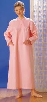 robe de chambre courtelle de chambre clotilde médicalisée tissu courtelle