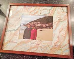 How To Make A Map Make This Easy Map Photo Mat For A Diy Gift Hgtv U0027s Decorating