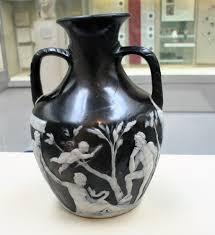 The Portland Vase 11 Roman Glass U2013 Archaeo Artist A Traveller U0027s Blog