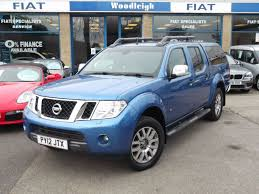 nissan navara 2009 used nissan navara blue for sale motors co uk