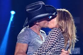Faith Hill When The Lights Go Down A Look Back At Tim Mcgraw And Faith Hill U0027s Relationship