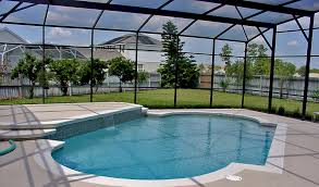 much does it cost to build a swimming pool screen enclosure