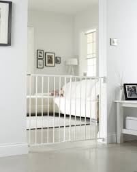 Child Gates For Stairs Amazon Com Lindam Extending Metal Baby And Toddler Safety Gate