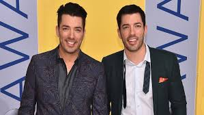 jonathan and drew scott property brothers drew jonathan scott react to this is us