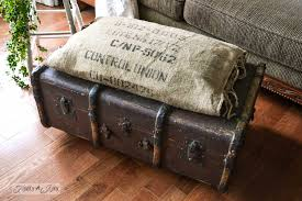 Trunk Ottoman A Funky Trunk And Bean Sack Ottoman Ottomans Burlap And Beans