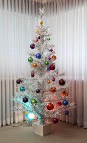aluminum christmas tree 30 gorgeous aluminum christmas tree decoration ideas christmas
