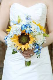 12 sunflower ideas for a rustic wedding yellow weddings