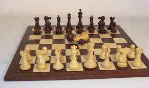 how to set up chess table how to buy the right chess pieces and board there are so many