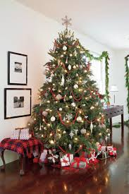 White Christmas Tree With Black Decorations Classic Christmas Decorations In The Lowcountry Southern Living