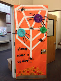 halloween door decorating contest cool if our faces the spiders