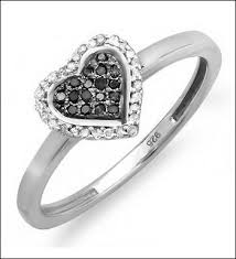 love promise rings images Keep these tips in mind while shopping for promise rings for jpg