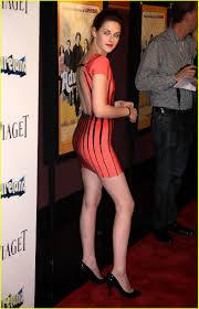 Kristen Wiig Red Flag Snl S42e13 02 04 17 H Kristen Stewart Mg Alessia Cara