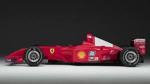 تعرف على سعر سيارة فيراري f2001 فورمولا 1 بالعربية