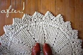 giant rug knit out of ripped king sheet the free pattern do