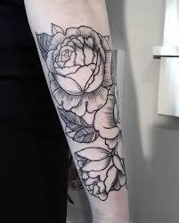 tattoo rose arm roses tattoo wrapping forearm graeme maunder rose tattoos
