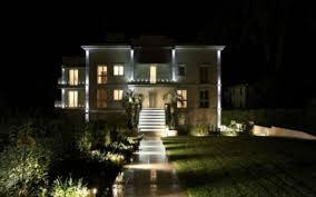 appartamenti in villa attici ed appartamenti nuovi sul lago di garda costruiti con