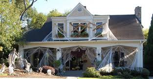 cool halloween party decoration ideas with old scrap stuff happy