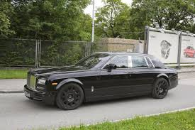 roll royce phantom 2018 2018 rolls royce phantom spied for first time