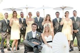 dress code mariage 0 mariage jaune et gris demoiselles garcons d honneur fille