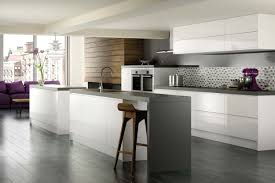 Cream Gloss Laminate Flooring Dark Benchtop And Light Grey Splashback U2026 Pinteres U2026