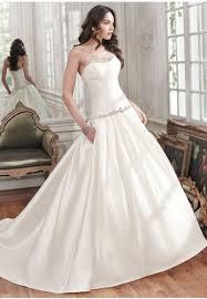 Sample Sale Wedding Dresses Mcelhinneys Bridal Rooms