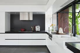 cuisine moderne noir et blanc cuisine blanc et noir meilleur idées de conception de maison