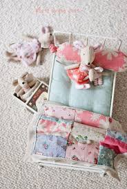 girls dollhouse bed 264 best craft doll house images on pinterest dollhouse