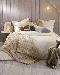 chambre cocooning une chambre cocooning chaleureuse avec fausse fourrure