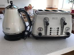 4 Slice Toaster Delonghi Delonghi Cream Kettle And 4 Slice Toaster In Bursledon
