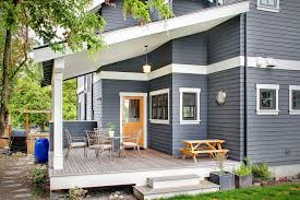 Painting Vinyl Chairs Painting Vinyl Siding For A Contemporary Patio With A Clear
