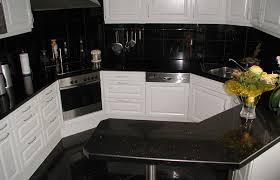 arbeitsplatte küche granit küchenarbeitsplatten aus naturstein wie granit marmor oder
