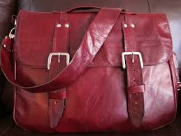 Upcycled Leather Bags - do it yourself divas diy leather messenger bag for men
