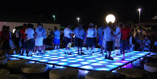 outdoor floor rental using an outdoor led floor rental as a centerpiece for live