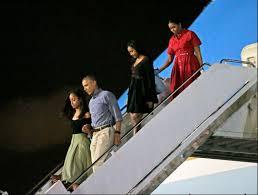 Obama Hawaii by President Obama Lands In Hawaii Dec 16