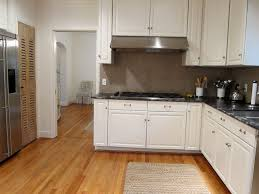 White Kitchen Cabinets With Hardwood Floors by Maple Cabinets With Hardwood Floors Exitallergy Com